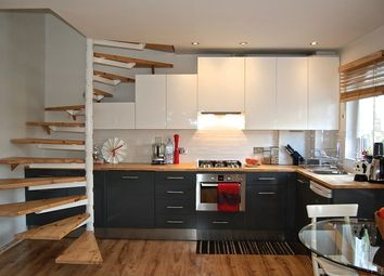 Thumbnail Flat for sale in Winifred Road, Erith
