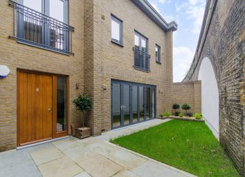 Thumbnail 2 bed flat for sale in Pottery Mews, Parsons Green