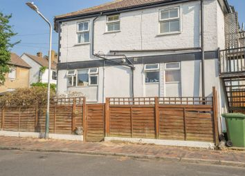 Thumbnail 1 bed maisonette for sale in Auckland Road, Tunbridge Wells