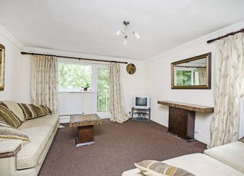 2 bed flat to rent in New Brent Street, Hendon NW4