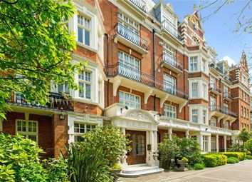 4 bed flat for sale in Vale Court, Maida Vale, London W9