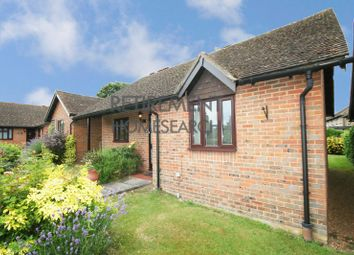 Thumbnail 2 bedroom bungalow for sale in Harvest Close, Lindfield