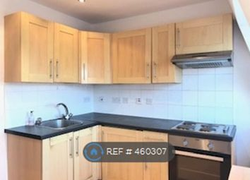 Thumbnail 2 bed flat to rent in St Johns Hill, London