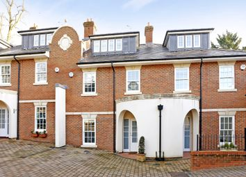 Thumbnail 4 bedroom town house to rent in Quoitings Drive, Marlow, Buckinghamshire