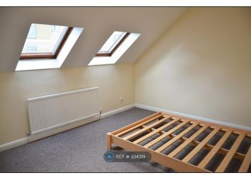 Thumbnail 2 bed flat to rent in Oakleigh Road South, London