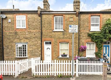 2 bed property to rent in Bearfield Road, Kingston Upon Thames KT2