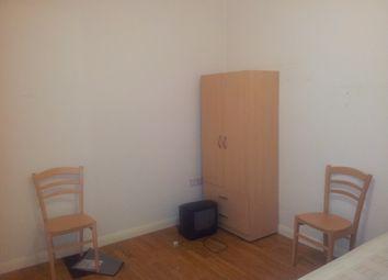Thumbnail Studio to rent in East Barnet Road, Barnet