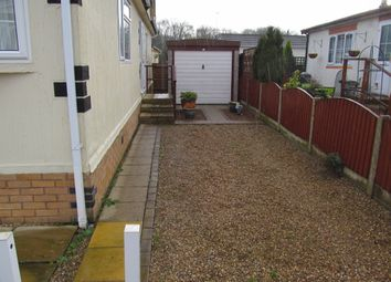Thumbnail 2 bedroom mobile/park home for sale in Castlewood Park, Hinckley Road (Ref 5551), Sapcote, Leicester, Leicestershire