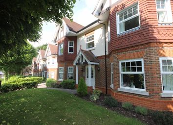 2 bed flat to rent in Rosebery Road, Sutton SM1