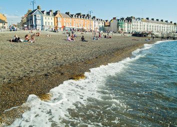 Thumbnail 8 bed flat to rent in Marine Terrace, Aberystwyth