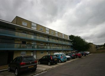 Thumbnail 2 bed flat to rent in Howards Grove, Shirley, Southampton