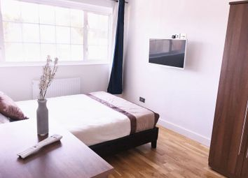 Thumbnail 6 bed flat to rent in Linstead Way, London