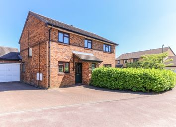 5 bed property to rent in Wilson Way, Caversfield, Bicester OX27