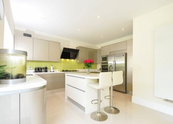Thumbnail 4 bedroom detached house to rent in Farm Crescent, London Colney, St.Albans