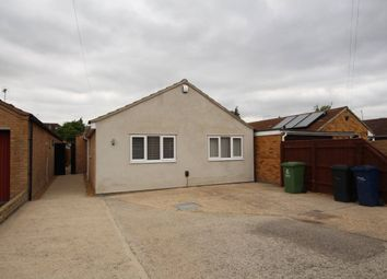Thumbnail 6 bed bungalow to rent in Tiverton Way, Cambridge