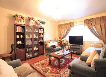2 bed flat for sale in Northfield Road, Heston TW5