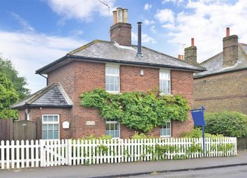 Thumbnail 3 bed detached house for sale in London Road, Bapchild, Kent
