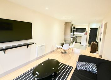 2 bed flat to rent in Old Brickyard, Carlton, Nottingham NG3