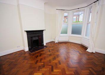 2 bed flat for sale in Long Lane, Finchley N3
