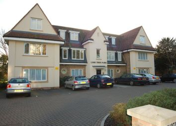 Thumbnail 2 bed flat to rent in Blagdens Lane, Southgate