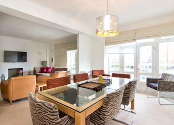 Thumbnail 3 bed flat to rent in Sussex Place, London