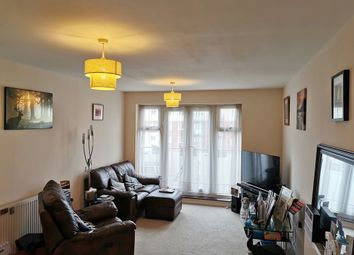 2 bed flat for sale in Chequers Avenue, High Wycombe, Buckinghamshire HP11