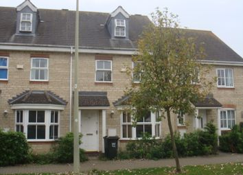 Thumbnail 3 bed town house to rent in Lucerne Avenue, Bicester
