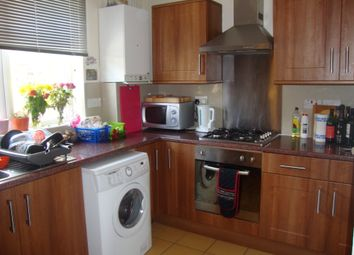 Thumbnail 4 bed flat to rent in New Cross Road, London