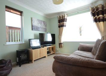 Thumbnail 1 bedroom maisonette to rent in Derrick Close, Calcot, Reading
