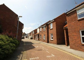 Thumbnail 1 bed flat to rent in Grovehill, Hessle