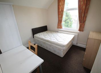 Thumbnail 5 bed shared accommodation to rent in Flaxland Avenue, Heath, Cardiff