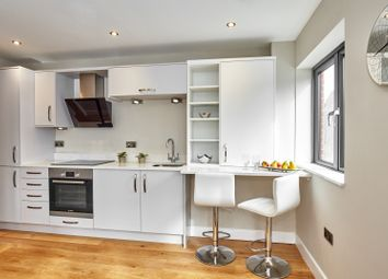 Thumbnail 1 bed flat for sale in Weldale Street, Reading