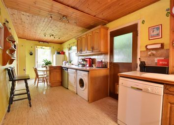 Thumbnail 5 bedroom detached house for sale in Hurst Farm Road, East Grinstead, West Sussex