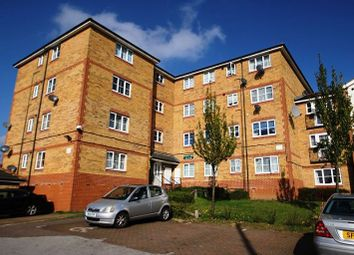 Thumbnail 2 bed flat to rent in Kingsway, Luton