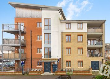 Thumbnail 2 bedroom flat for sale in Mallory Close, Gravesend, Kent
