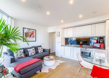 Thumbnail Flat for sale in Walworth Road SE1, Elephant And Castle, London,