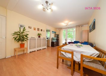 Thumbnail 1 bed flat for sale in Hevelius Close, London