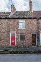 Thumbnail 2 bed terraced house for sale in Kidgate, Louth
