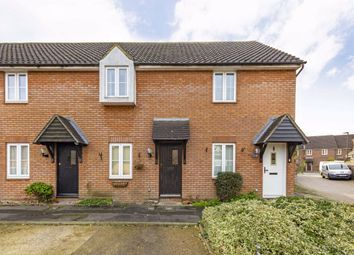 2 bed property to rent in Jonquil Gardens, Hampton TW12
