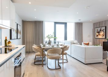 Thumbnail 3 bed flat for sale in Goodwin Street, London
