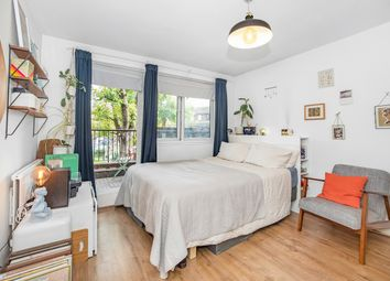 King Arthur Close, Peckham, London SE15. 2 bed flat for sale