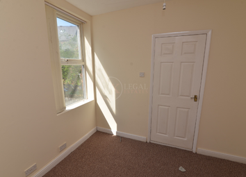 Thumbnail 4 bed shared accommodation to rent in Spring View, Sheffield