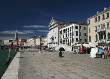 Thumbnail Hotel/guest house for sale in Castello Bragora, Venice City, Venice, Veneto, Italy