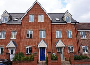 Thumbnail 3 bed town house for sale in Howard Street, Ipswich