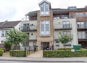 Thumbnail 2 bed flat to rent in Sydenham Road, Croydon