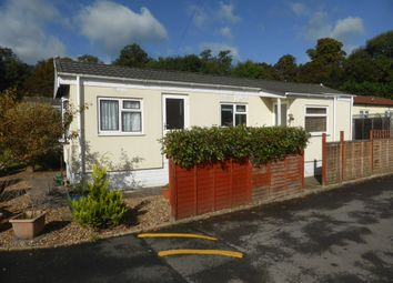 Thumbnail 1 bed mobile/park home for sale in Woodlands, Meadowlands, Addlestone