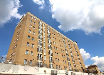 1 bed flat for sale in High Street, Hounslow TW3