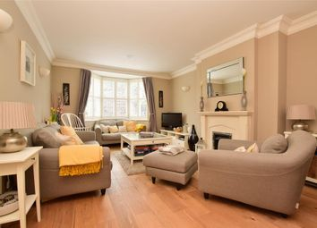 Reigate Road, Leatherhead, Surrey KT22. 5 bed town house