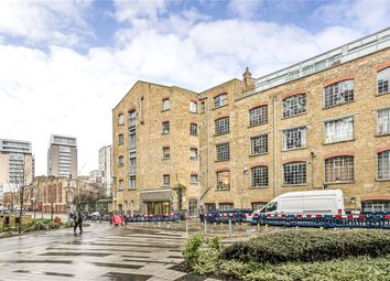 1 bed property for sale in Gowers Walk, London E1