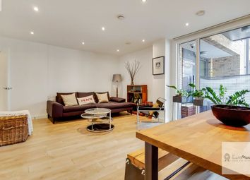 Nicholson Square, London E3. 2 bed flat for sale